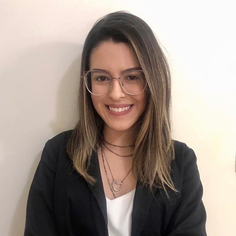 Dra. Larissa Rocini da Silva